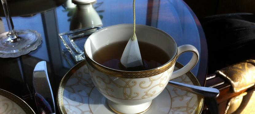 Teetintenherz – wie ein paar Blättchen und kochendes Wasser zum Schreibelixierwerden