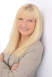 Dr. Claudia Woehler