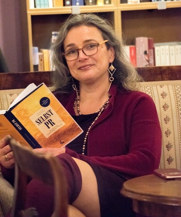 Daniela Heggmaier Buchpremiere Selbst-PR